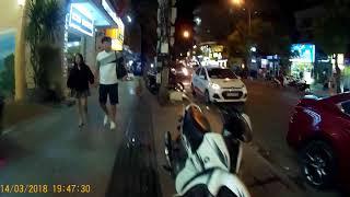 № 2. Оживленные улицы вечером в Нячанге .март 2018.