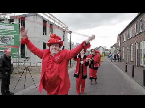 Carnavalsoptocht 2012 Vierlingsbeek (De Keieschieters)