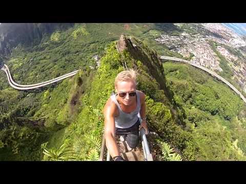 Stairway to Heaven (Haiku Stairs - Oahu)