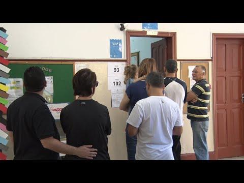 """Friburgo: Eleitores falam em """"processo eleitoral sofrido"""", mas afirmam estar confiantes na democracia"""