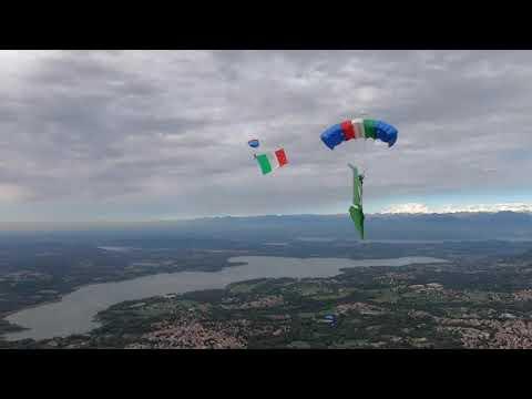 Varese vista dal paracadute: il video per le Celebrazioni del Ventennale  di NRDC-ITA NATO