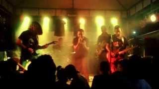 """Banda Imersa """"princípio de dor"""" no November's Rock 2013"""