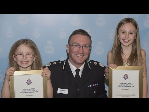 9-year-old girl calls 999 after mum becomes unconscious while driving mp3