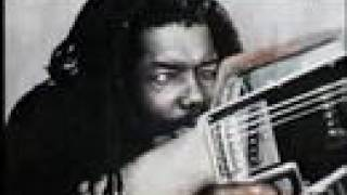 """Video thumbnail of """"Peter Tosh - Stepping Razor"""""""