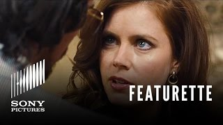 Amy Adams Featurette - American Hustle