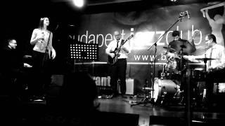 Váczi Eszter és a Quartet - Ott leszek (2011.12.29.)
