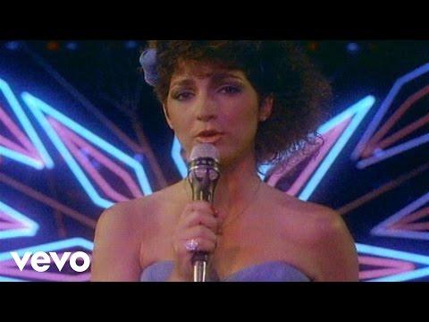 Gloria Estefan & Miami Sound Machine - Conga