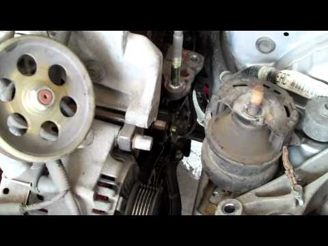 Wie vom Benzin auf der Auftankung zurechtgemacht zu werden