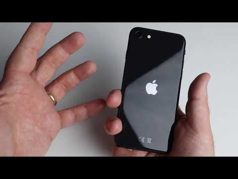 Foto Recensione Apple iPhone SE 2020, Top o Flop?