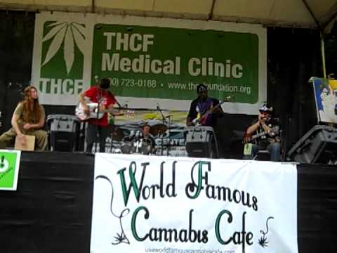 "Patchwork Family Band at Hempstalk 2012 ""Middle School Marching Band"""