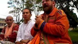 preview picture of video 'Srila Gurumaharaj Clase de la mañana 07 Mayo'