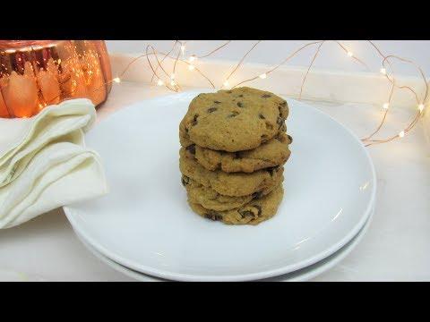 PUMPKIN SPICE CHOCOLATE CHIP COOKIES (VEGAN)