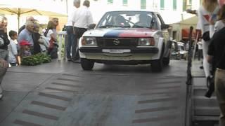 preview picture of video 'Tuscan Rewind 2012 Partenza prima giornata Parte 2'