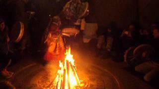 Этнография. Настоящее камлание шаманов в чуме