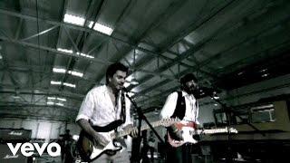 La Calle - Juan Luis Guerra feat. Juanes (Video)