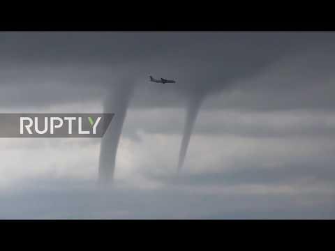 Πιλότος πέρασε μέσα από τρεις (!) ανεμοστρόβιλους (Video)