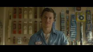 Ansel Elgort In Paper Towns