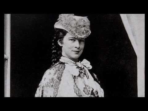 Die Kleidung der Kaiserin Elisabeth - The Fashion of the Empress Elisabeth (Sisi)