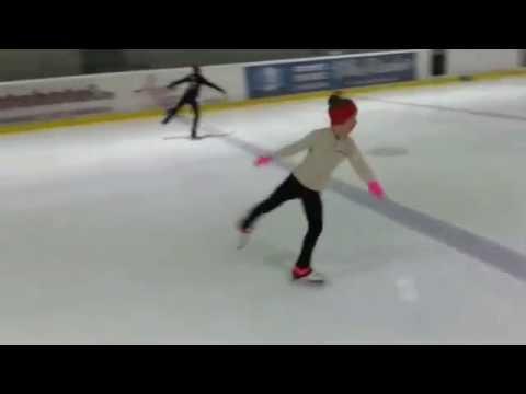 Video. Figure skating. Training multi-turn jumps skaters.