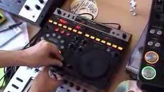 DJmag – James Zabiela DJ Tricks – 03