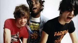 Test Icicles - Catch It (Radio 1 LIVE 2006)
