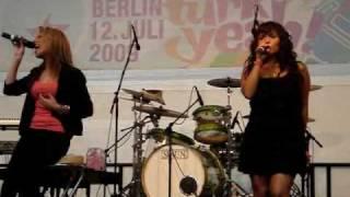 Monrose beim Türkiyeah! Festival in Berlin mit Strictly Physical