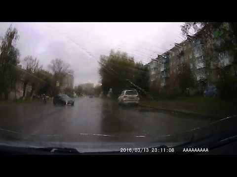 Перебегающая пенсионерка спровоцировала ДТП в Павлово