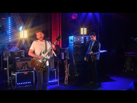 Kings Of Leon cover Robyn's Dancing On My Own