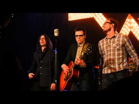Weezer - Susanne (The Ryman Memories Show 4/5/14)