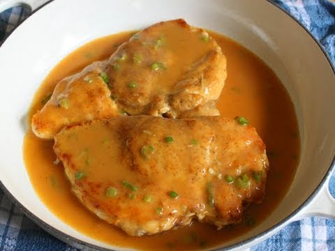 Chicken with Chipotle & Green Onion Gravy – Chicken Breast with Pan Gravy Recipe