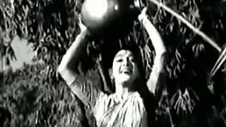 LATA JI -SHAILENDRA -SALIL CHOWDHARY EK   - YouTube