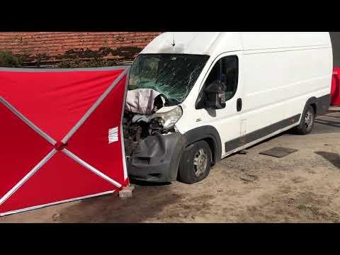 Wideo1: Tragiczny wypadek w Zaborówcu. Nie żyją dwie osoby