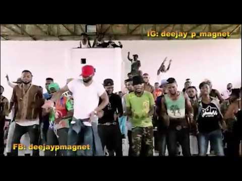 Fally Ipupa – Danse l'Adoration de Moise Mbiye