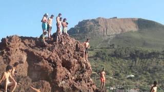 preview picture of video 'Plongeon à Fontaine du génie'