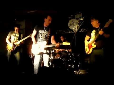 La Rimanbloom - Adónde esta la libertad (Guitarrista invitado Gady Pampillon)