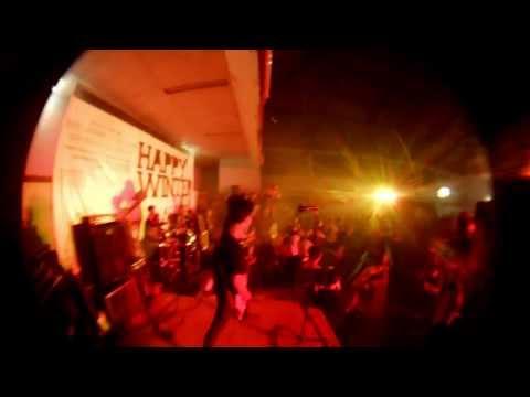 REDSBLOODYLIPS - Depresi Terinjak Dusta At HAPPYWINTER Launching Party (fisheyecam)