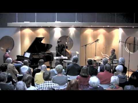 Sound Studio N - Jazz - Triosence online metal music video by TRIOSENCE
