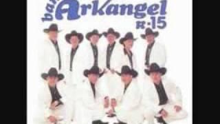 Amor Del Bueno - Banda Arkangel R-15