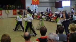 preview picture of video 'Les Pitchouns de Miramont, 2° partie, en 2013 à Montauban'
