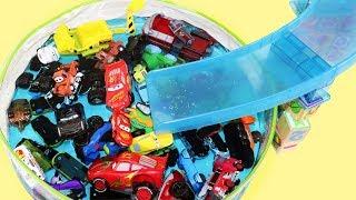 Aprende Colores para Niños en Español con Coches y Carros Disney Cars y Agua