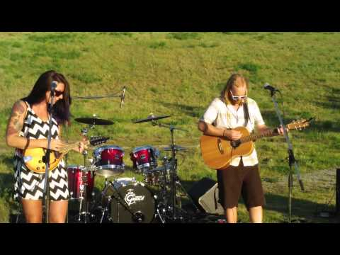 "Tiger Moon perform ""Gettin' Outta Here"" at Parks Alive!"