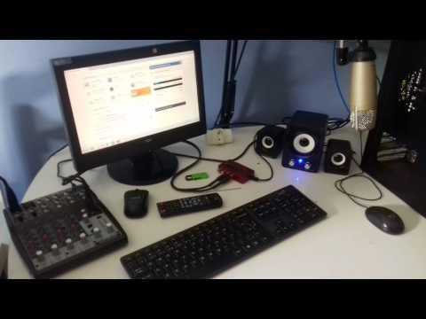 Estudio da Web Radio Megafone