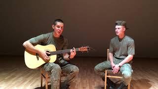 ЗАПАХ ЖЕНЩИНЫ МОЕЙ НА ГИТАРЕ (Армейское видео 2  Кавер под гитару)