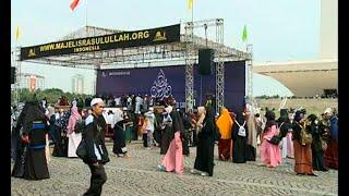 Umat Islam Penuhi Monas Untuk Peringati Maulid Nabi Muhammad