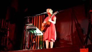 Juana Molina- Sálvese quien pueda
