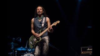 Holding On To You (Live) - Sananda Maitreya & The Sugar Plum Pharaohs