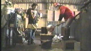 1990 - Sk8 TV - Venture Trucks Factory