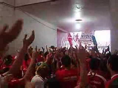 """Tunel - Eu canto, bebo e brigo - INER x cruzeiro"" Barra: Guarda Popular • Club: Internacional"