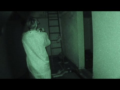 Chica Paranormal