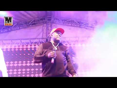 ALHAJI SAHEED OSUPA AND  OTHER GIVES THEIR FAN A MIND BLOWING PERFORMANCE AT ONE LAGOS FIESTA